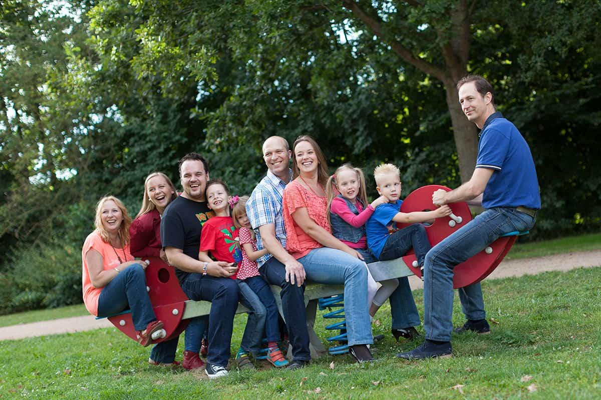 fotostudio familieportret fotografie familie gezin ouders & kinderen opa oma fotograaf Nieuw-Vennep Getsewoud Hoofddorp Lisse ruine van Brederode Santpoort