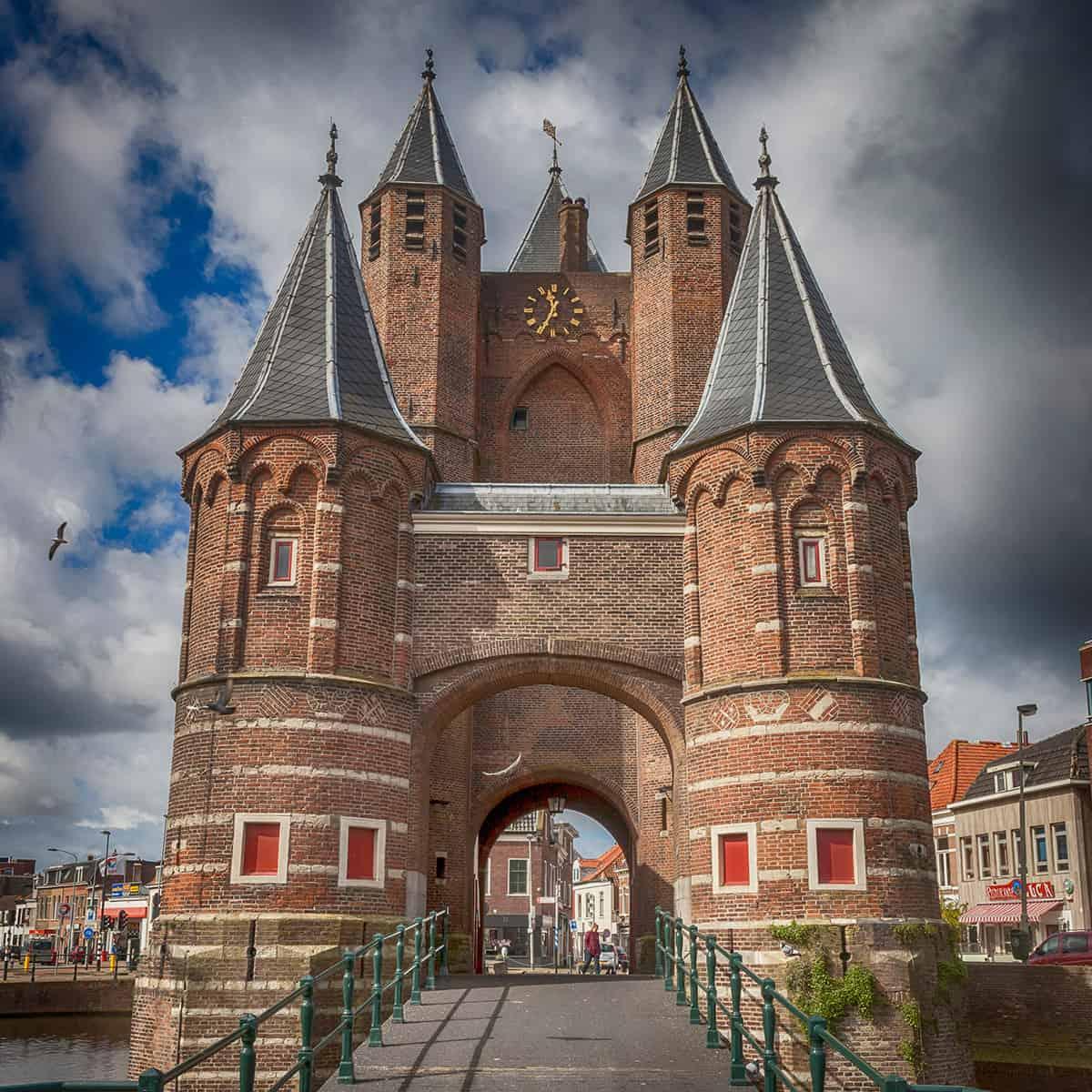 photo Amsterdamse Poort Haarlem