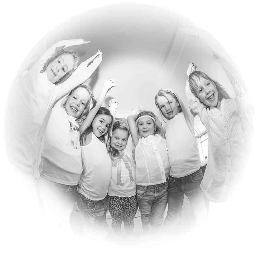 meisjes van 8 kinderfeestje model fotoshoot fotostudio thuis Heemstede Haarlem
