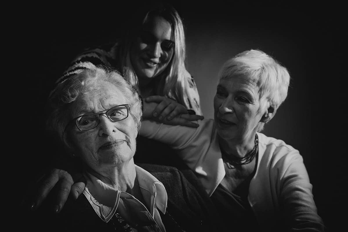 Fotograaf Heemstede fotostudio familie portret 3 generaties