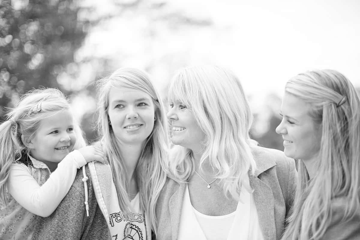 fotograaf Roelofarendsveen fotoshoot familie moeder & dochter