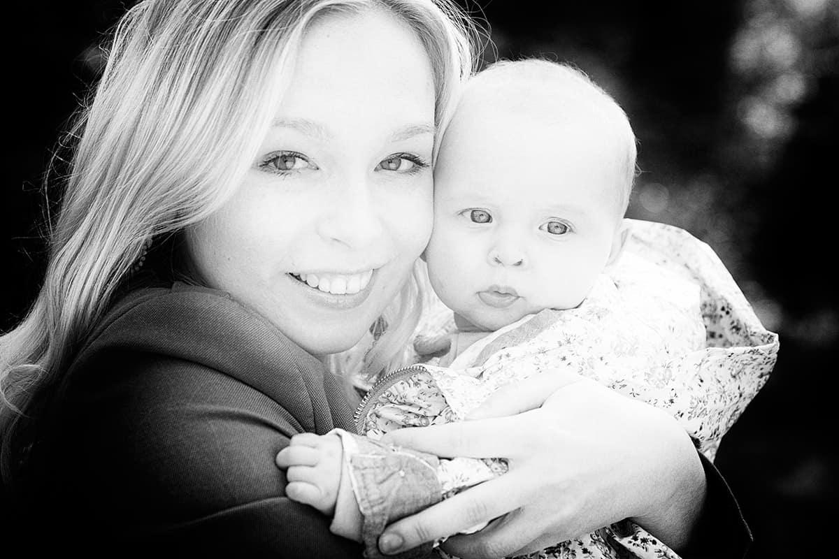 fotoshoot baby moeder & dochter Haarlemmermeerse Bos Hoofddorp